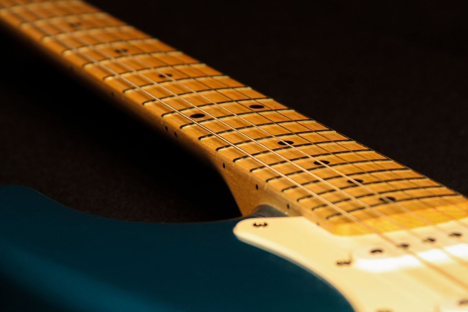 Guitar: Master The Guitar Fretboard In 6 Easy Steps