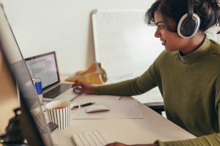 Concise and step-by-step career guide for software development with bite-sized videos to help you navigate it properly.