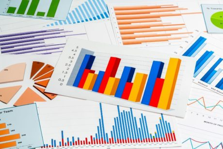 Learn how to create Excel charts that show the meaning and trend of large amounts of data.